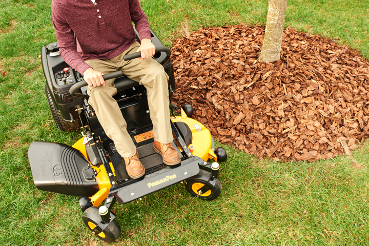 Poulan Pro zero turn lawn mower